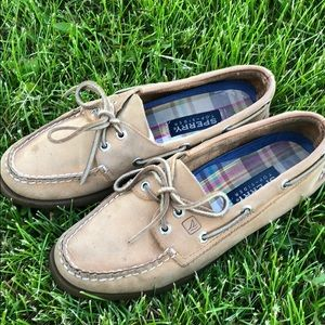 Sperry boat shoes! All leather!
